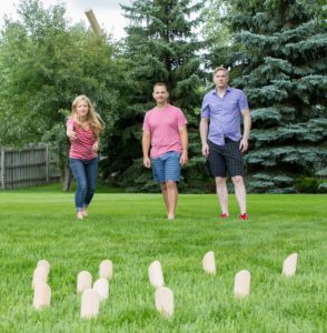 Mölky Scatter Outdoor Game for tailgate parties