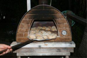 Yummm pizza rolls